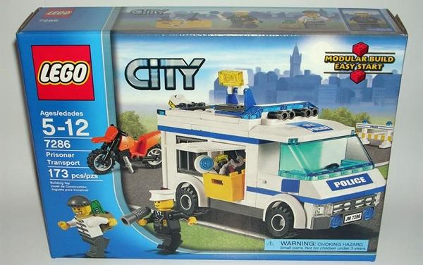 Lego City Prisoner Transport 7286 Figurefan Zero