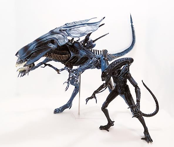 Aliens Deluxe Alien Queen By Neca Figurefan Zero