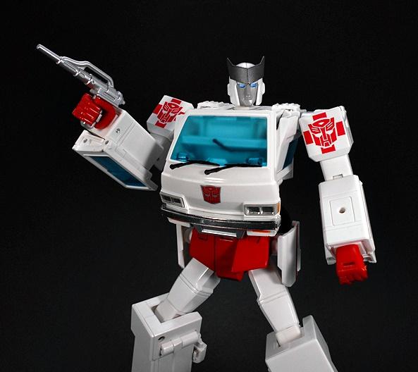 Transformers: Masterpiece Ratchet (MP-30) by Takara