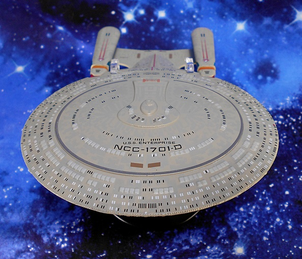 U.S.S parallel import goods Enterprise from the Star Trek Movie with Bonus Captain Kirk Figure by Playmates