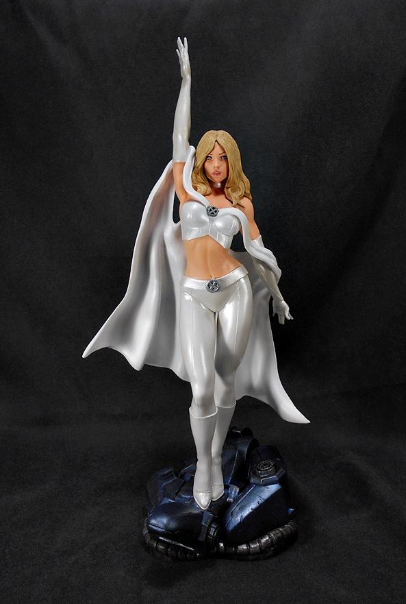 Diamond Select Toys Marvel Gallery Emma Frost FCBD 2020 PVC Figure